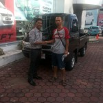 Foto Penyerahan Mobil 13 Sales Marketing Dealer Suzuki Balikpapan
