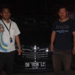 Foto Penyerahan Unit 4 Sales Marketing Mobil Dealer Daihatsu Manado Julianus Tiney SE