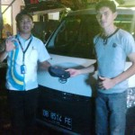 Foto Penyerahan Unit 5 Sales Marketing Mobil Dealer Daihatsu Manado Julianus Tiney SE