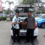 Foto Penyerahan Unit 6 Sales Marketing Mobil Dealer Daihatsu Semarang By Arif