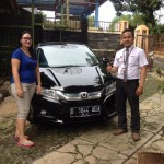 Foto Penyerahan Unit 2 Sales Marketing Mobil Dealer Honda Bandung Fadli