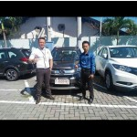 Foto Penyerahan Unit 1 Sales Marketing Mobil Dealer Honda Jember Mero