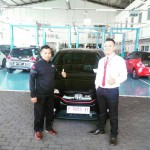 Foto Penyerahan Unit 8 Sales Marketing Mobil Dealer Honda Jember Mero