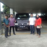Foto Penyerahan Unit 2 Sales Marketing Mobil Dealer Suzuki Medan Abdul