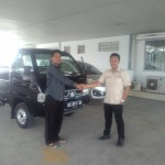 Foto Penyerahan Unit 4 Sales Marketing Mobil Dealer Suzuki Medan Abdul