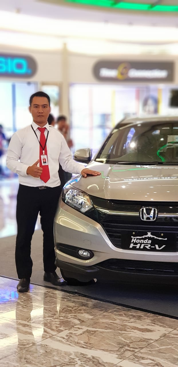 Sales Marketing Mobil Dealer Honda Ipung