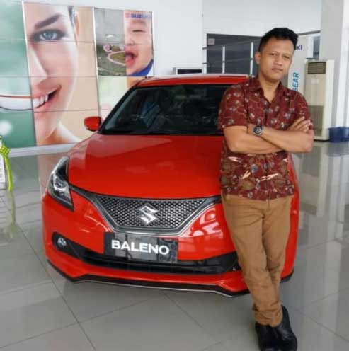 Sales Marketing Mobil Dealer Suzuki Abdul