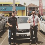Foto-Penyerahan-Unit-1-Sales-Marketing-Mobil-Dealer-Honda-Ciamis-Boyke