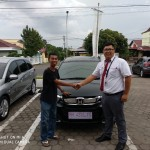 Foto Penyerahan Unit 1 Sales Marketing Mobil Dealer Honda Kevin