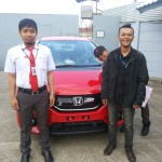 Foto Penyerahan Unit 1 Sales Marketing Mobil Dealer Mobil Honda Anton