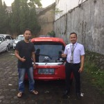 Foto Penyerahan Unit 3 Sales Marketing Mobil Dealer Honda Bandung Fadli