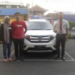 Foto-Penyerahan-Unit-5-Sales-Marketing-Mobil-Dealer-Honda-Ciamis-Boyke