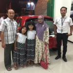 Foto Penyerahan Unit 5 Sales Marketing Mobil Dealer Honda Djalil