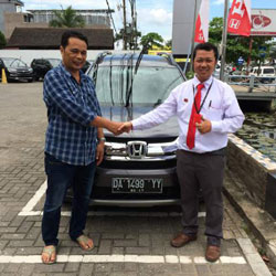 sales-marketing-mobil-dealer-honda-banjarmasin-haris