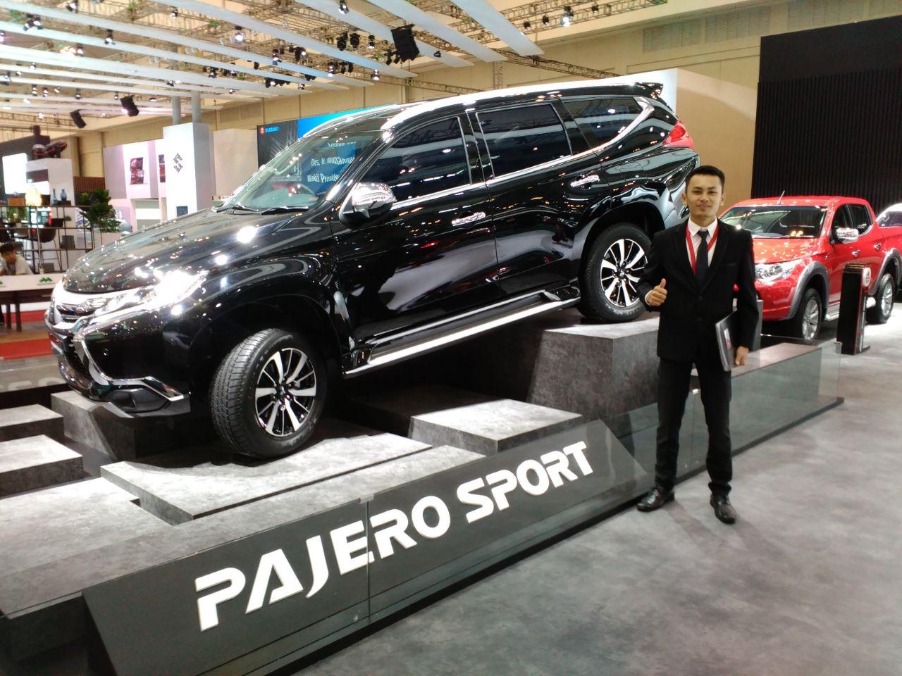 Sales Marketing Mobil Dealer Mitsubishi Jakarta Riyadi