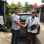 Foto Penyerahan Unit 5 Sales Marketing Mobil Daihatsu Bogor Taufiq