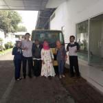 Foto Penyerahan Unit 5 Sales Marketing Mobil Dealer Mitsubishi Sri Mulyati