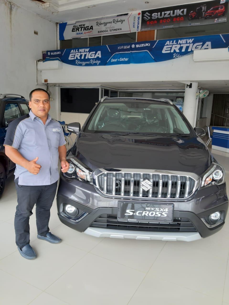 Sales Marketing Mobil Dealer Suzuki Charles